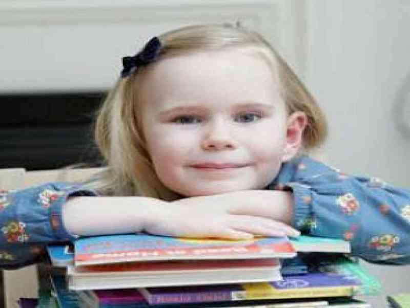 Una niña con cuatro años tiene el coeficiente intelectual de Einstein