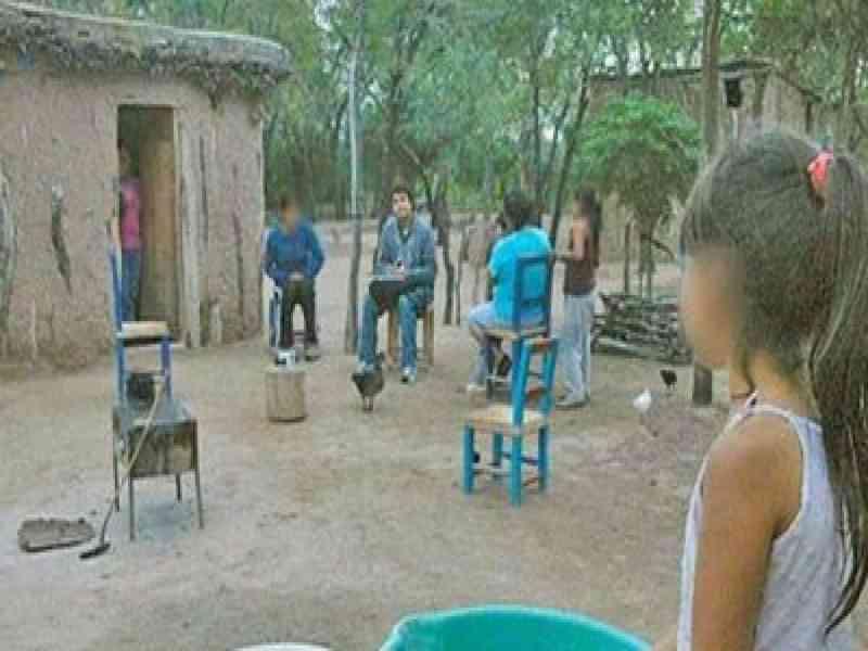 Encarcelado por violar a su hijastra durante 20 años, con la que tuvo diez hijos