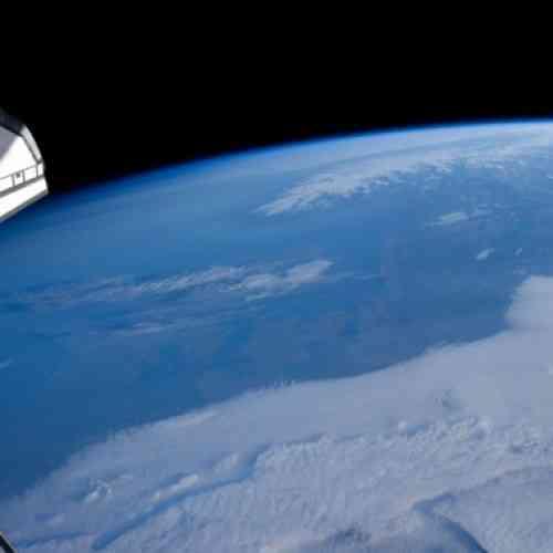 Nave espacial capta inédita fotografía de la Tierra a más de 9 mil millones de kilómetros