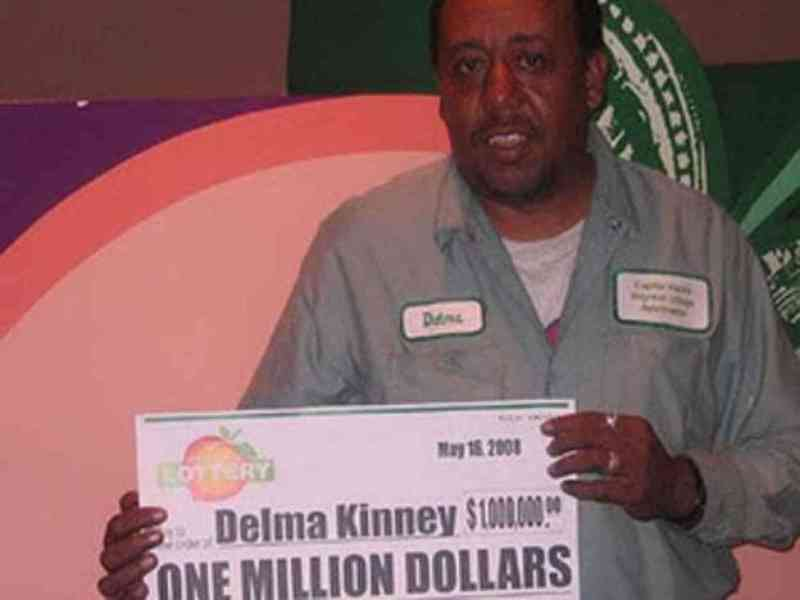 Gana la lotería dos veces