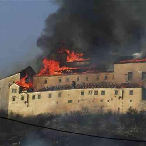 Dos niños queman un castillo en Eslovaquia cuando fumaban un cigarrillo a escondidas