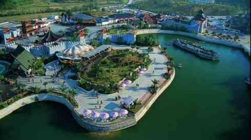 Un parque chino ofrece entradas más baratas a quien lleve minifalda