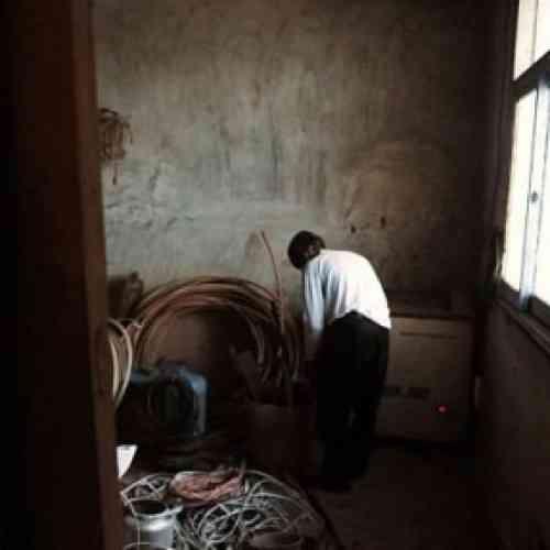 Padre mantiene a su Hijo Muerto en un Congelador Por 6 Años