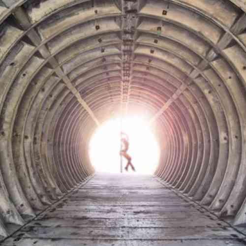 Construyen un bunker sexual para el fin del mundo