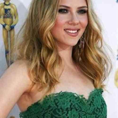 Los disgustos acaban con las curvas de Scarlett Johansson
