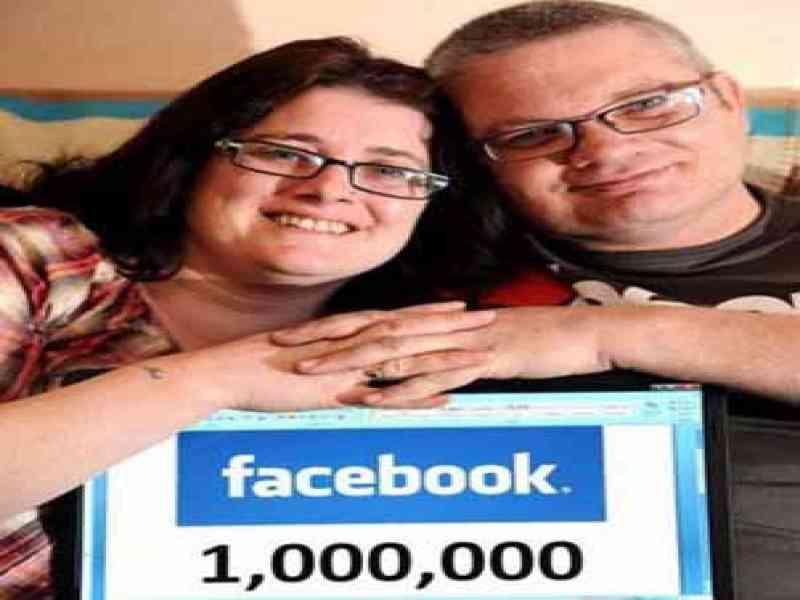Pide ayuda en Facebook: Necesita un millón de amigos para casarse