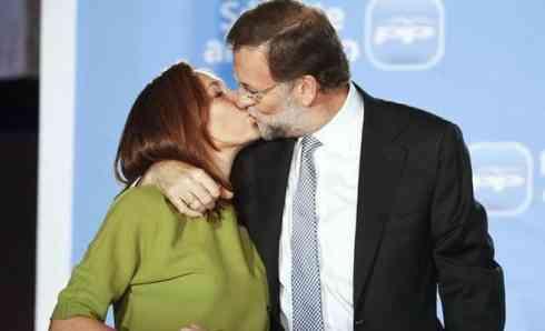 Le niegan la nacionalidad española por no saber el nombre de la esposa de Rajoy