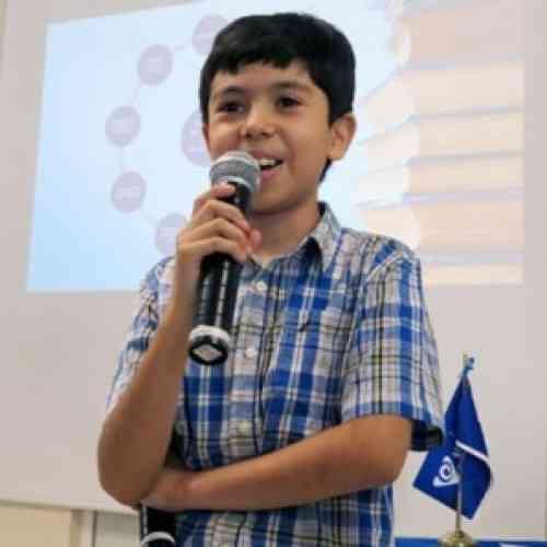 Luis Roberto Ramírez, un genio de 10 años con el C.I. de Einstein, ha sido fichado por Harvard