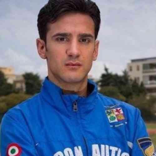 Sorprenden a un atleta italiano con un pene de plástico relleno de orina limpia para burlar el control antidoping