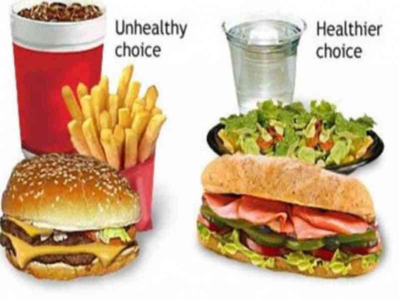 McDonald's aconseja no comer hamburguesas a sus empleados en una web