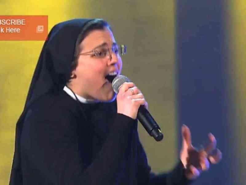 Una monja de 25 años sorprende al jurado de 'La voz' en Italia