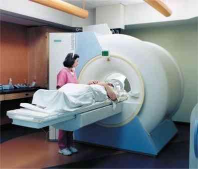 Hacen una resonancia magnética y se olvidan al paciente dentro